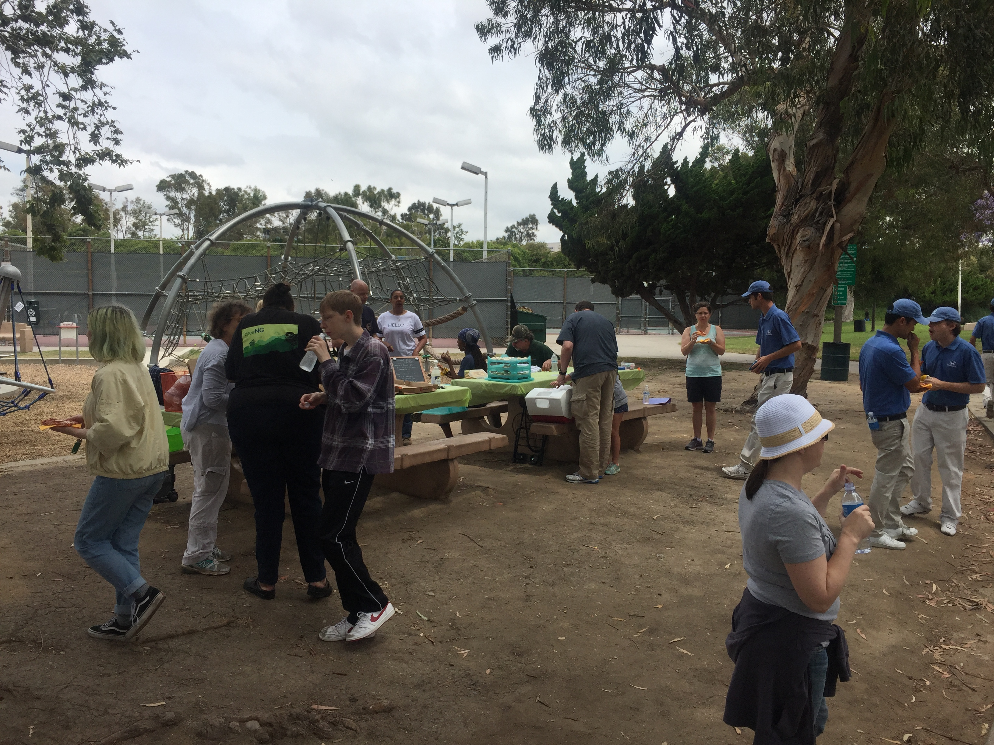 14th Annual Fox Hills Park CleanUP 2017